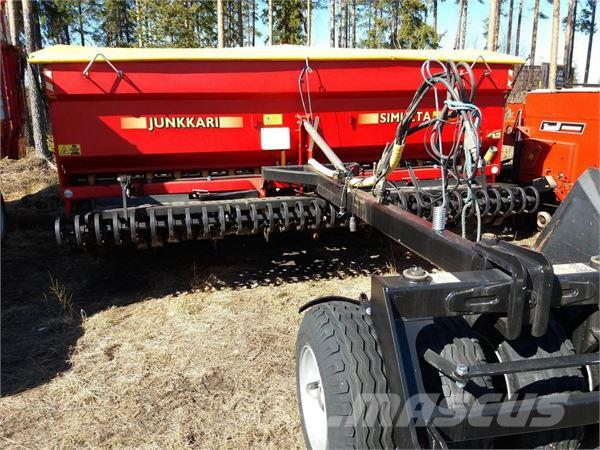 Junkkari SIMULTA ST4000