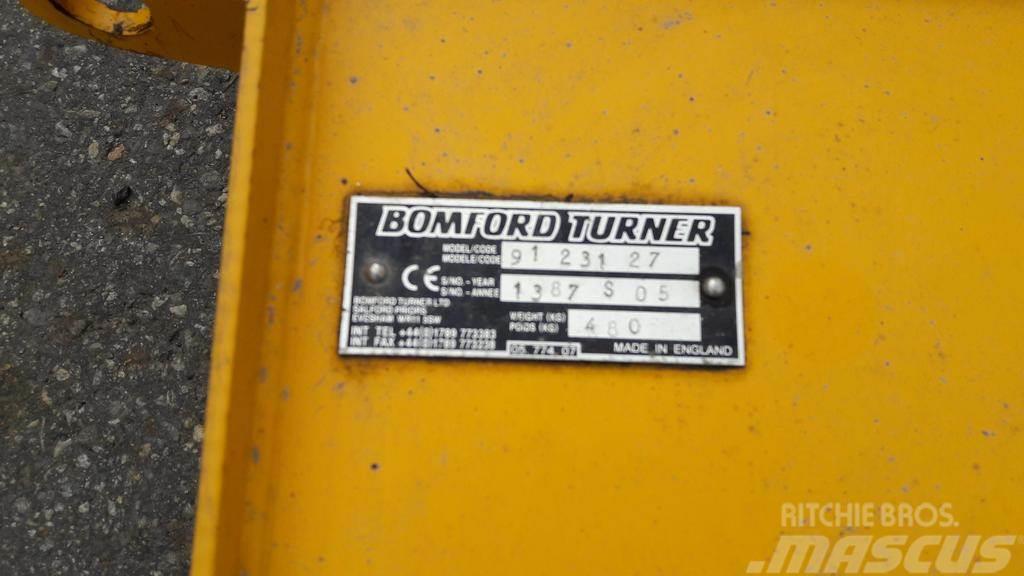 KESANTO-JA OLKIMURSKAIMET BOMFORD 300, Kesantoleikkurit ja -murskaimet