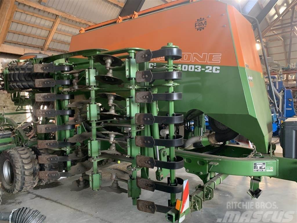 Amazone CIRRUS 4003-2C med gødning og frøudstyr