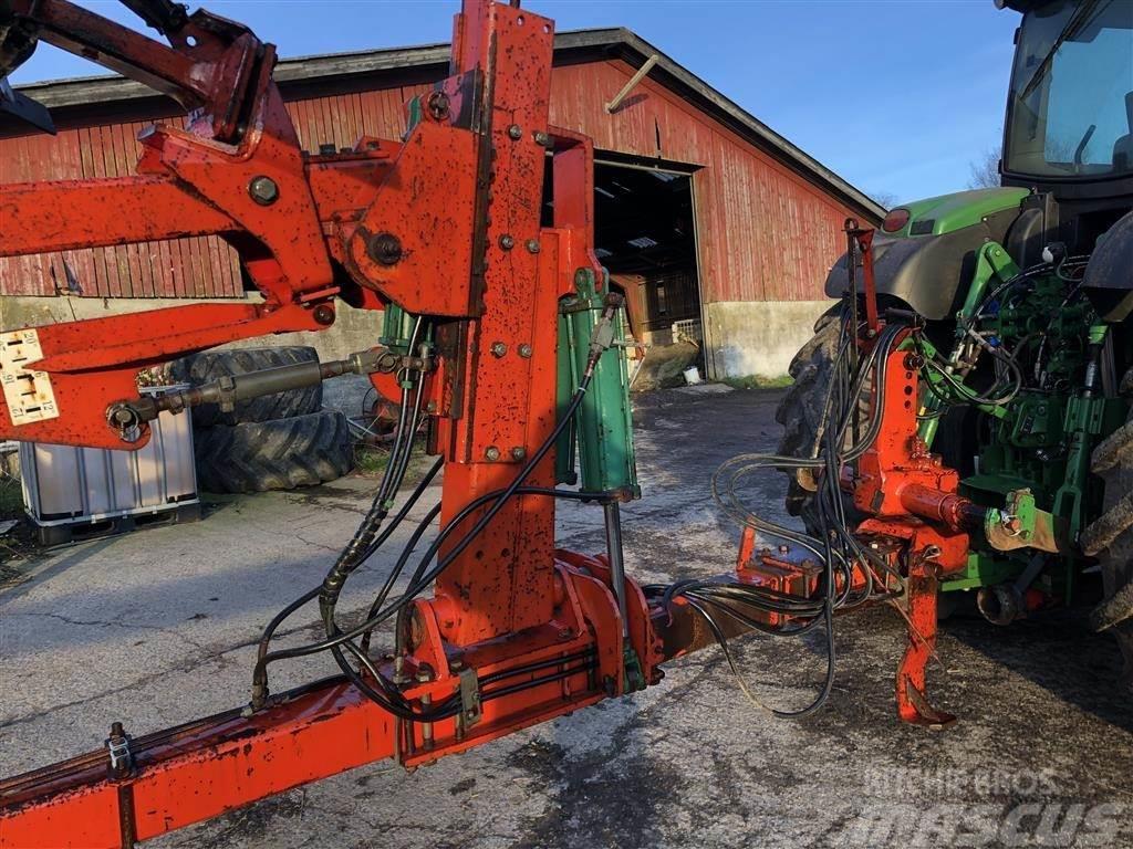 Kverneland PB 100, 6 furet riste
