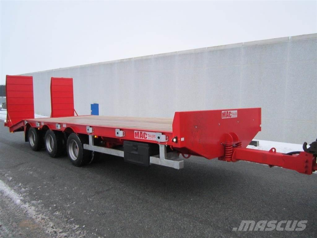 MAC 3 akslet maskintrailer Loaded