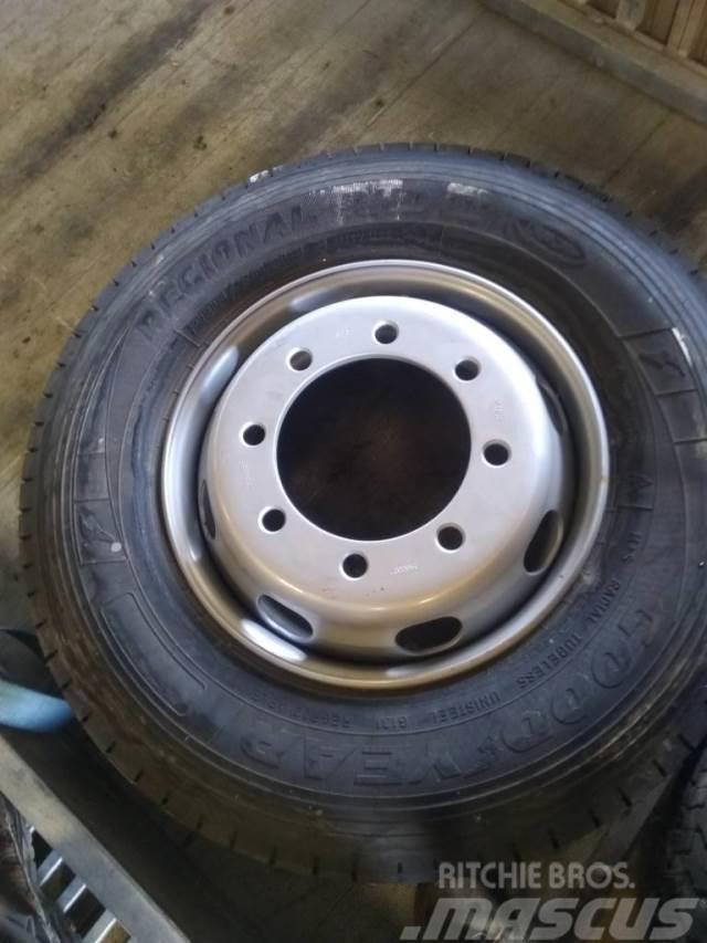 Goodyear ny dæk og fælge 285/70-19.5 STK pris ny dæk og fæl