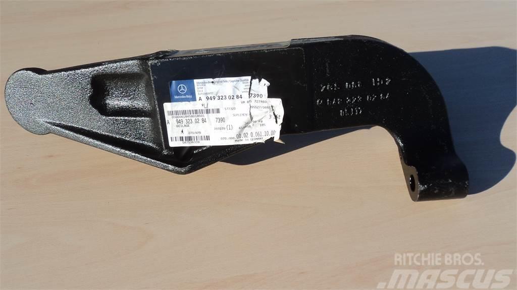 Mercedes-Benz BATENTE MB A9493230284/7390