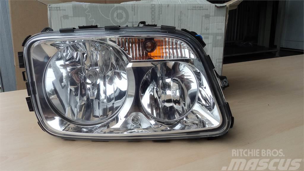 Mercedes-Benz FAROL MB A9438201561