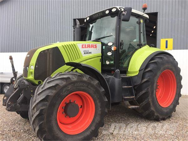 CLAAS Axion 850 med frontlift