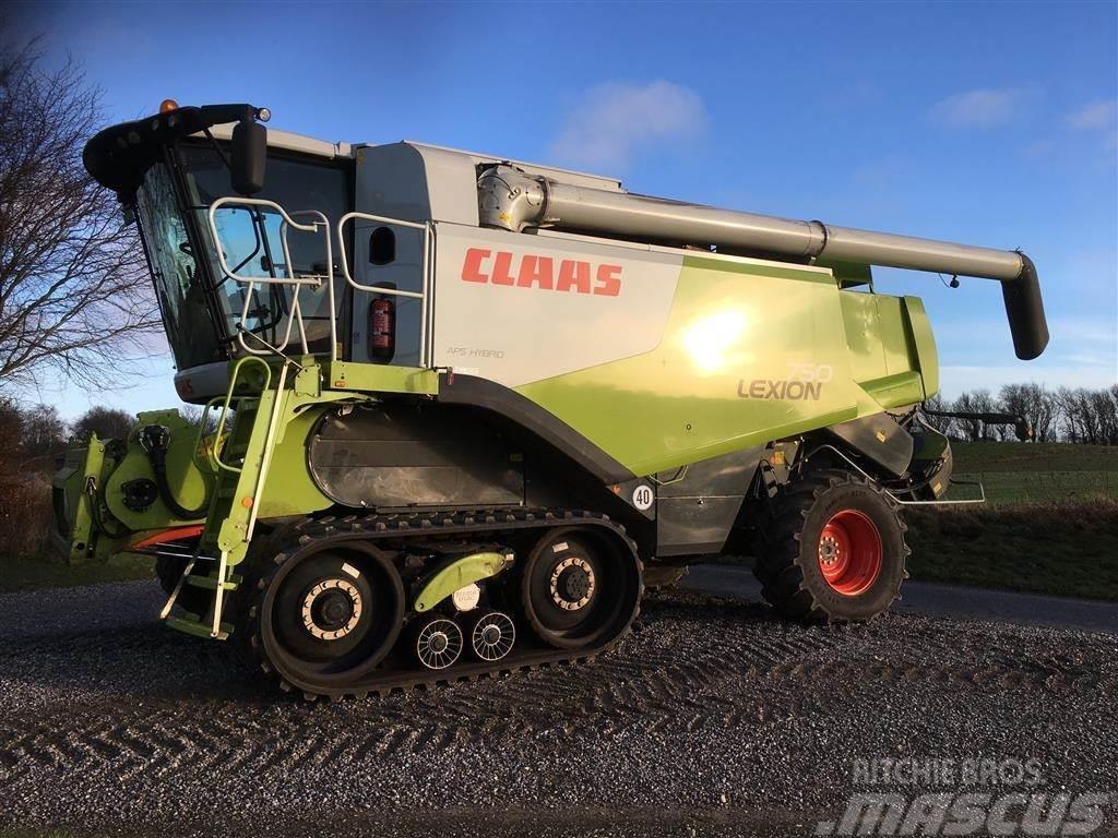 CLAAS LEXION 750TT med V900