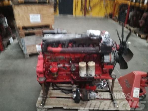 McCormick MTX 140 Perkins Motor
