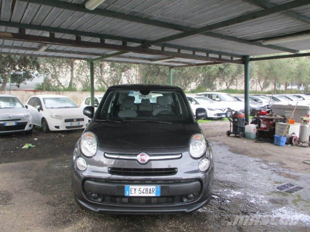 fiat 500l occasion prix 12 700 voiture fiat 500l vendre mascus france. Black Bedroom Furniture Sets. Home Design Ideas