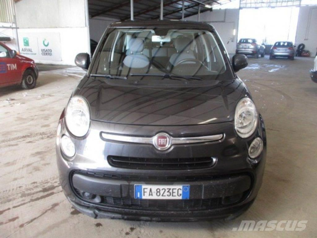 fiat 500l occasion prix 11 450 voiture fiat 500l vendre mascus france. Black Bedroom Furniture Sets. Home Design Ideas