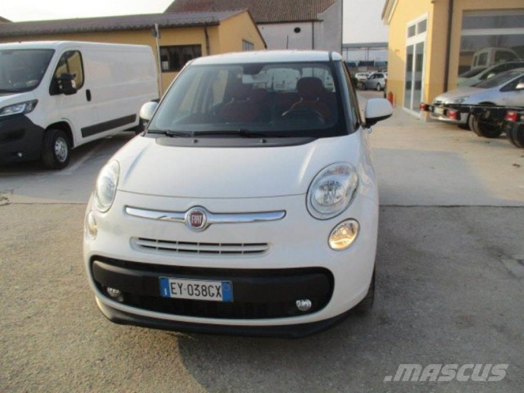 fiat 500l occasion prix 10 550 voiture fiat 500l vendre mascus france. Black Bedroom Furniture Sets. Home Design Ideas
