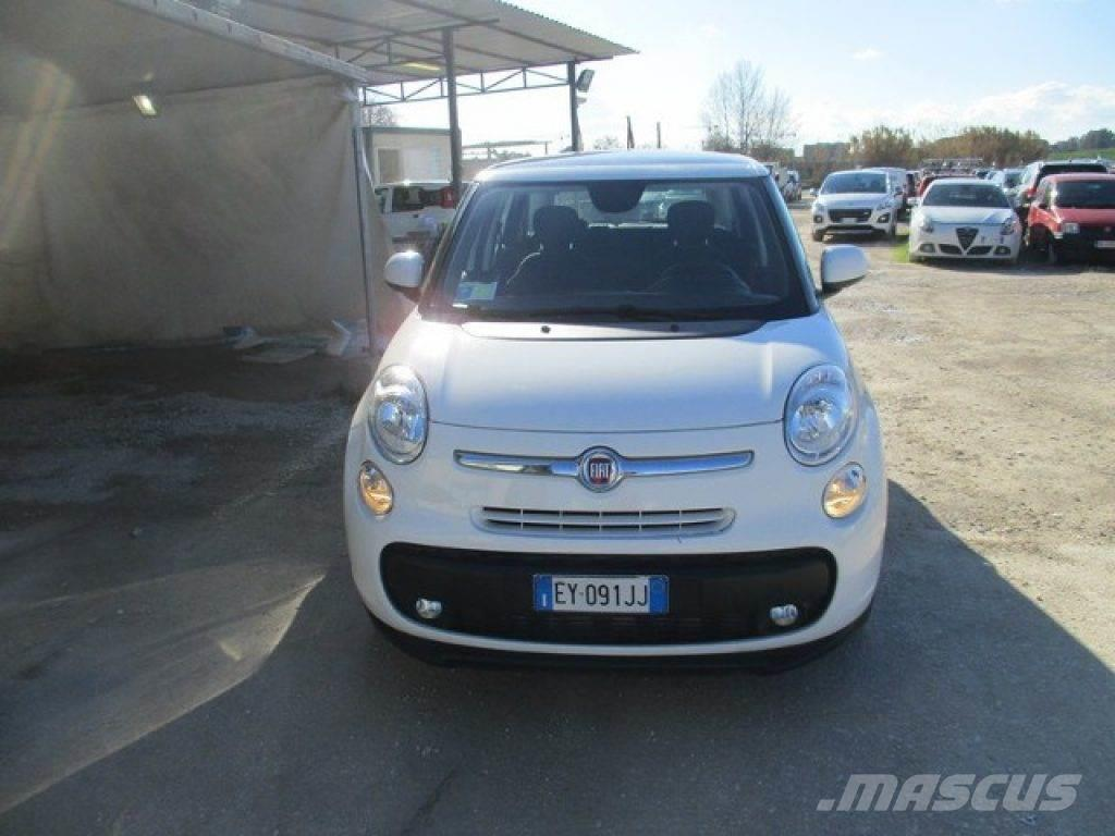 fiat 500l occasion prix 12 800 voiture fiat 500l vendre mascus france. Black Bedroom Furniture Sets. Home Design Ideas