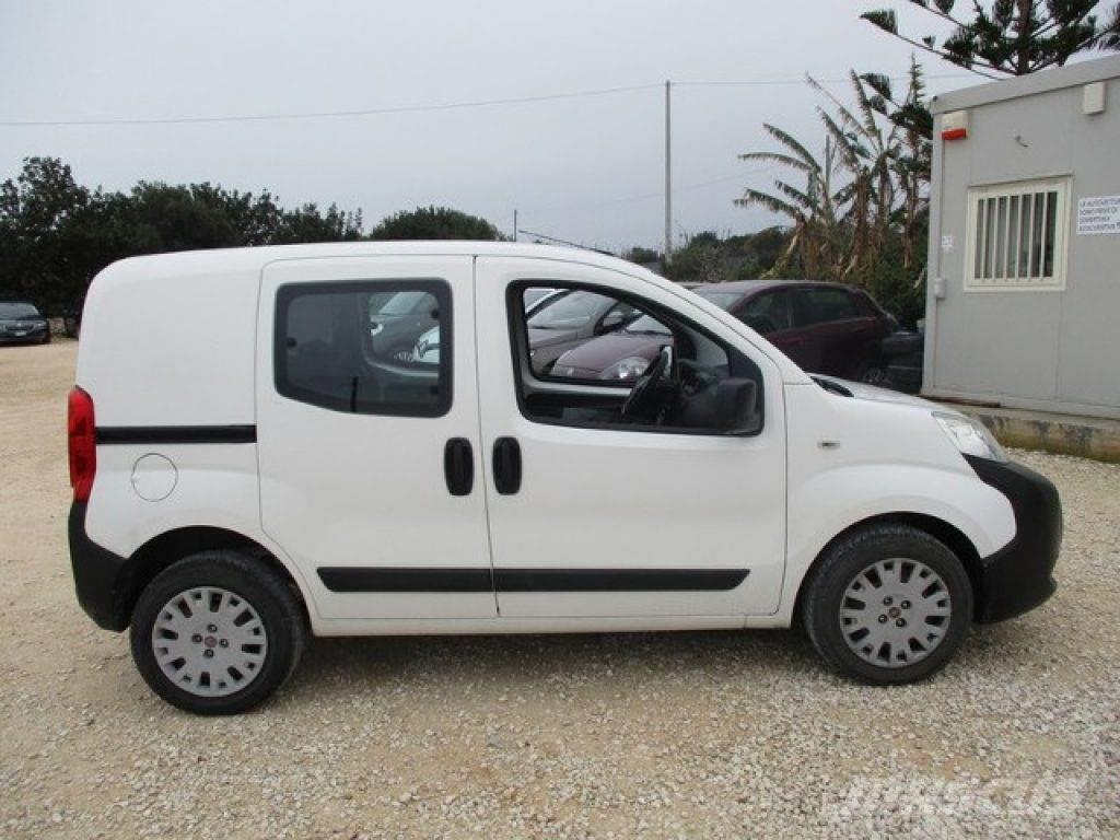 fiat fiorino occasion prix 5 500 voiture fiat. Black Bedroom Furniture Sets. Home Design Ideas