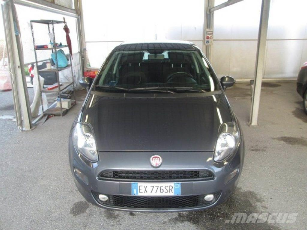 fiat grande punto occasion prix 6 950 voiture fiat grande punto vendre mascus france. Black Bedroom Furniture Sets. Home Design Ideas