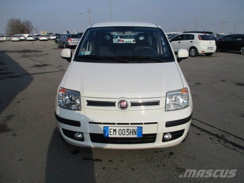 fiat panda occasion prix 5 600 voiture fiat panda vendre mascus france. Black Bedroom Furniture Sets. Home Design Ideas