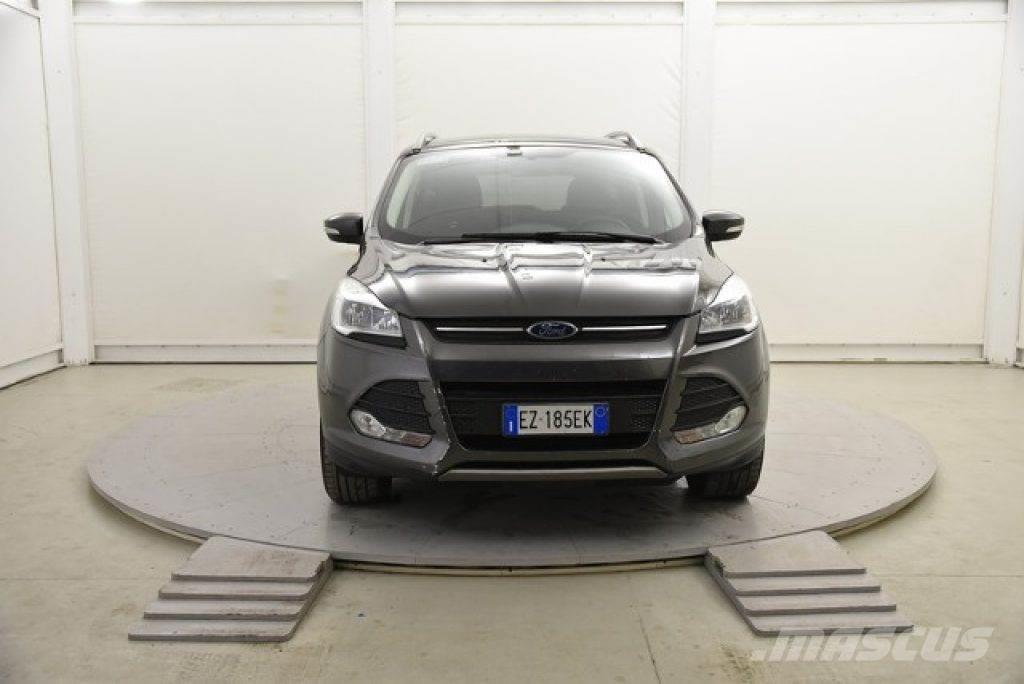 ford kuga occasion prix 18 750 voiture ford kuga vendre mascus france. Black Bedroom Furniture Sets. Home Design Ideas