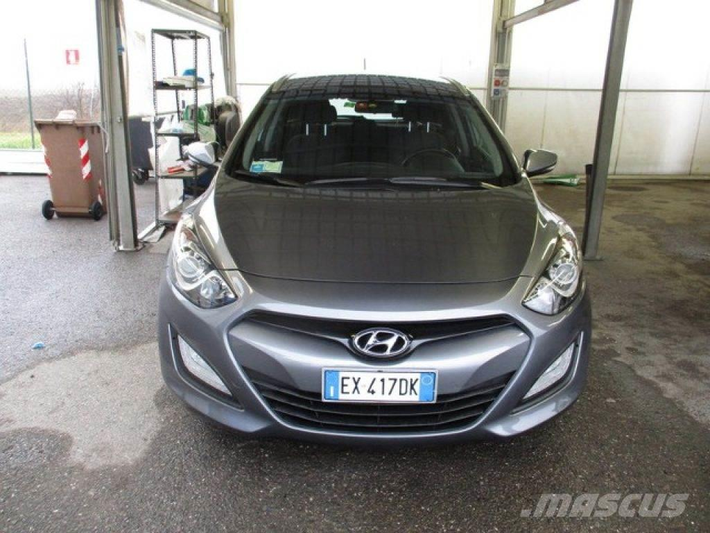hyundai i30 occasion prix 10 950 voiture hyundai i30 vendre mascus france. Black Bedroom Furniture Sets. Home Design Ideas