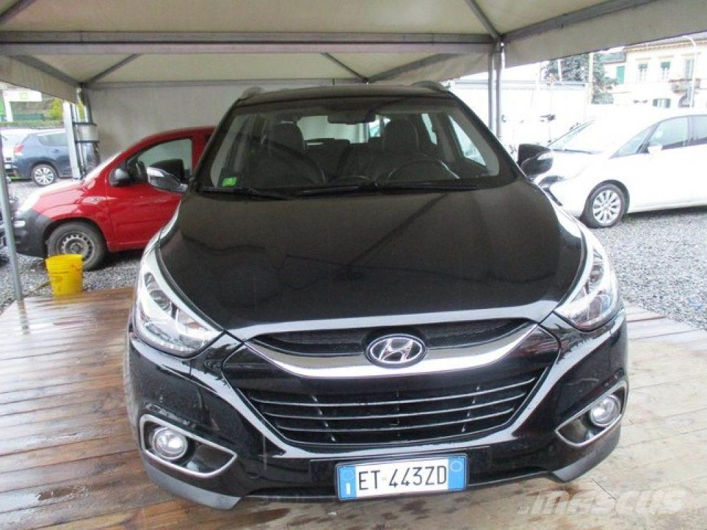hyundai ix35 occasion prix 14 150 voiture hyundai ix35 vendre mascus france. Black Bedroom Furniture Sets. Home Design Ideas