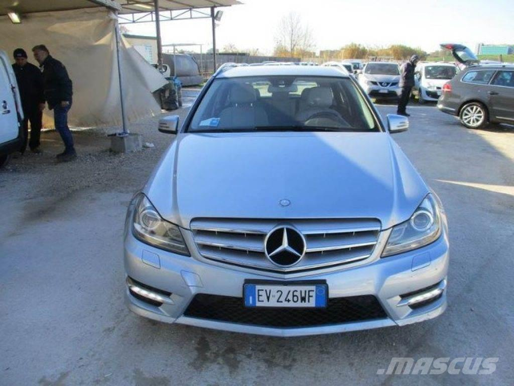 mercedes benz c 220 occasion prix 16 400 voiture mercedes benz c 220 vendre mascus france. Black Bedroom Furniture Sets. Home Design Ideas