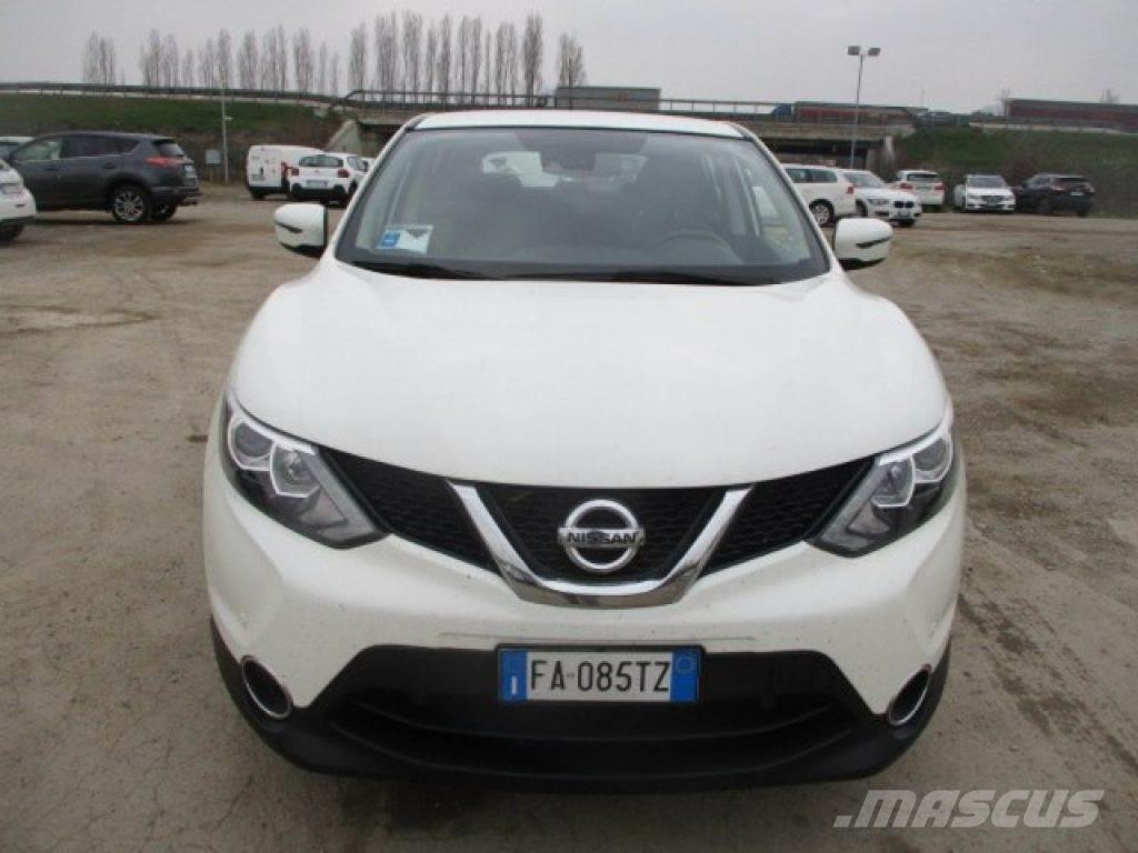 nissan qashqai occasion prix 14 550 voiture nissan qashqai vendre mascus france. Black Bedroom Furniture Sets. Home Design Ideas