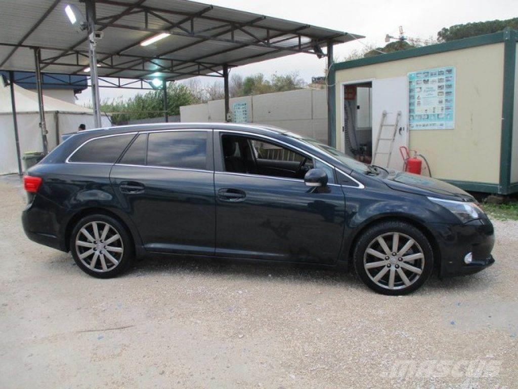 toyota avensis occasion prix 13 600 voiture toyota avensis vendre mascus france. Black Bedroom Furniture Sets. Home Design Ideas