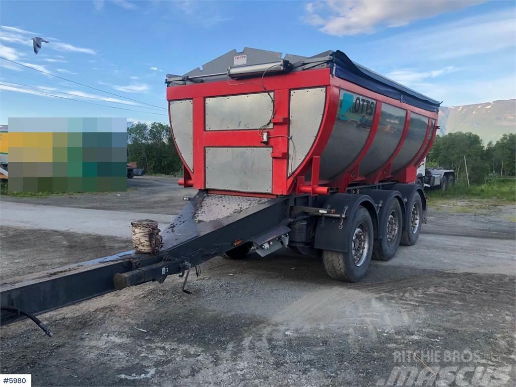 Danson 3 axle Asphalt trailer