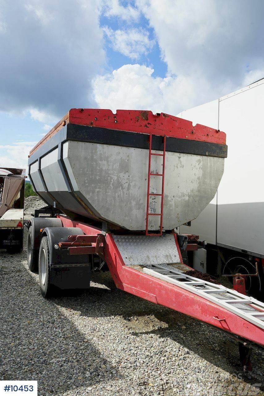 HMF P1 Asphalt trailer
