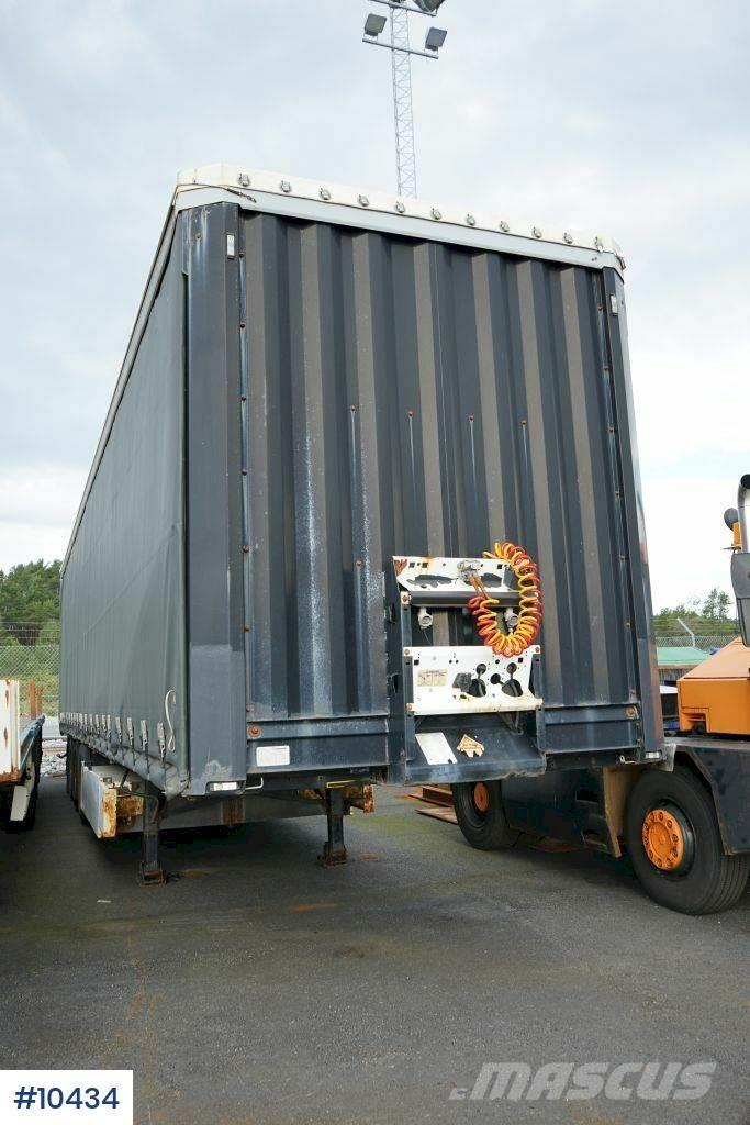 Krone Profiliner 3 axle trailer without advertising on t
