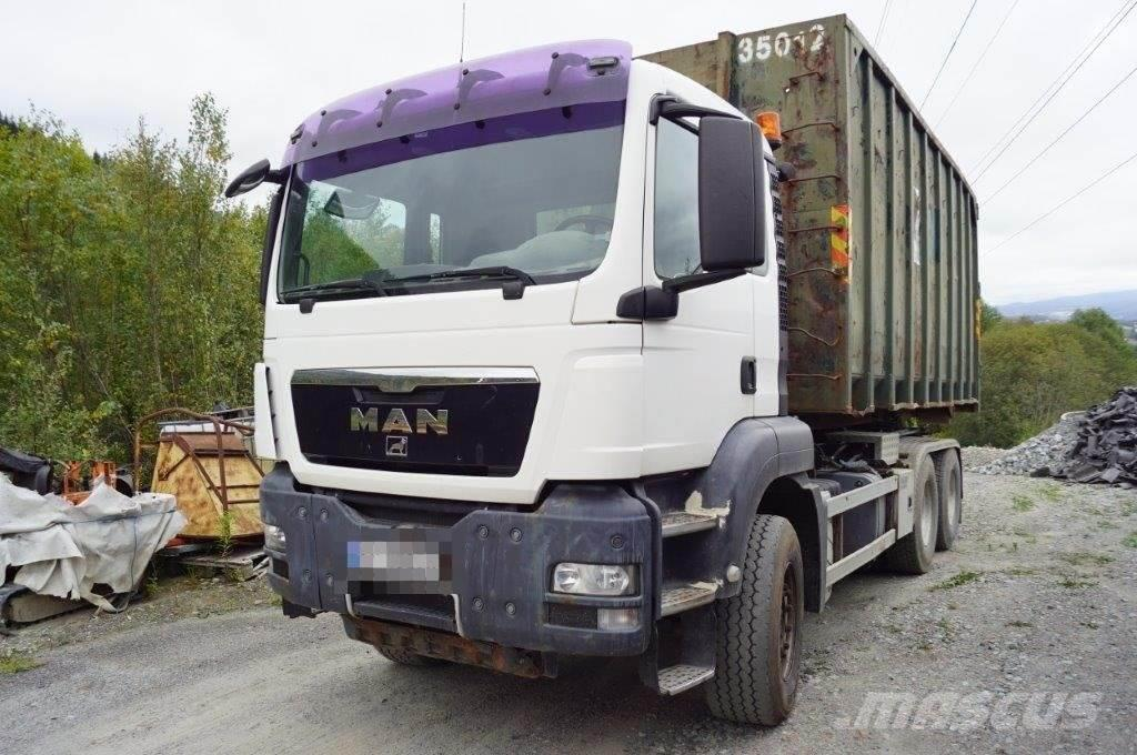 MAN TGS 26.480 Hook truck with few km