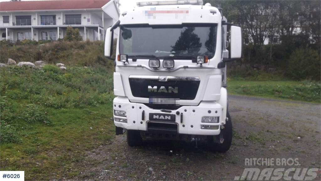 MAN TGS 26.540 snow rigged tipper truck