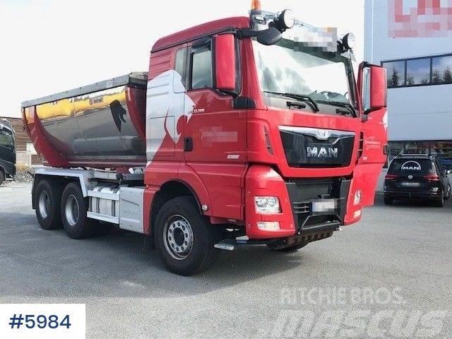 MAN TGX 6x4 asphalt truck