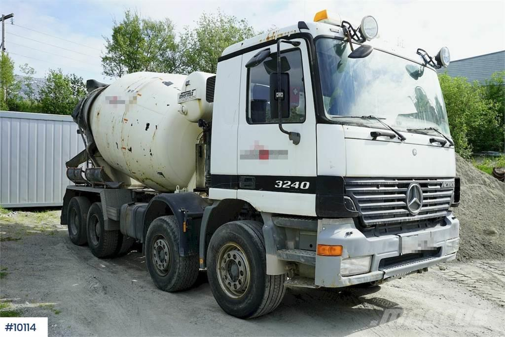 Mercedes-Benz Actros 3420 8x4 Intermix concrete truck