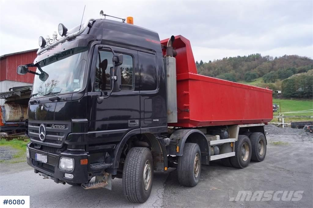 Mercedes-Benz Actros 4151K 8x4 tipper w/low km