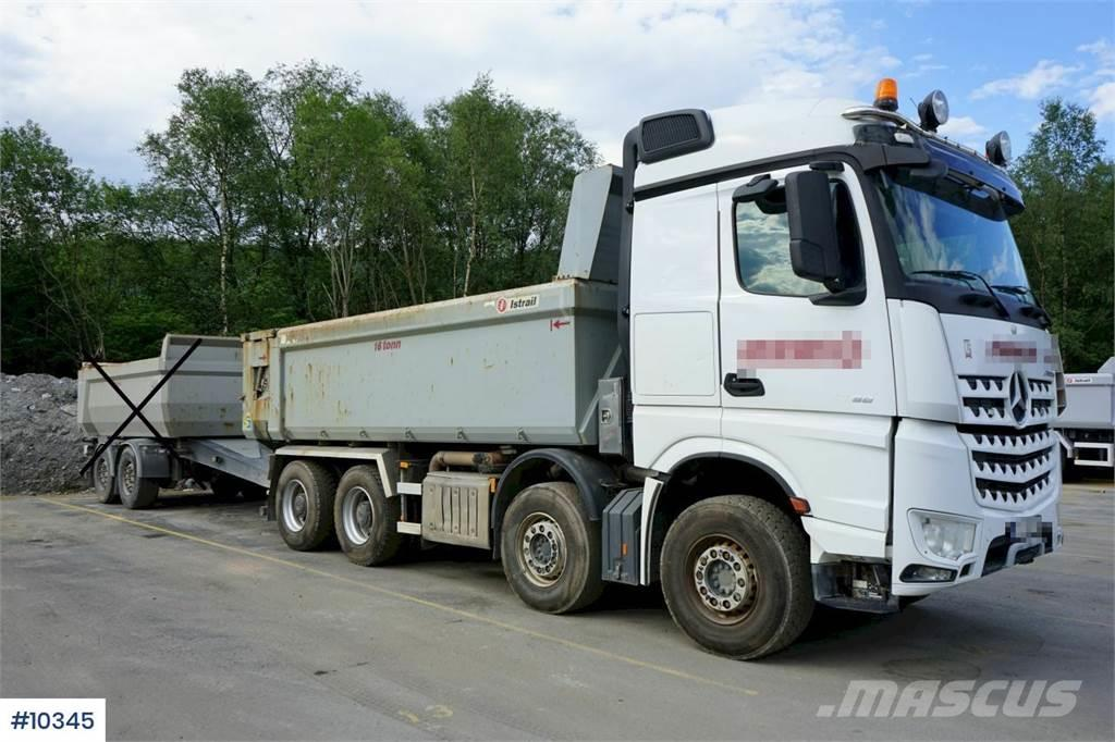Mercedes-Benz Arocs 3258 8x4 Tipper truck with crane Sleeves and