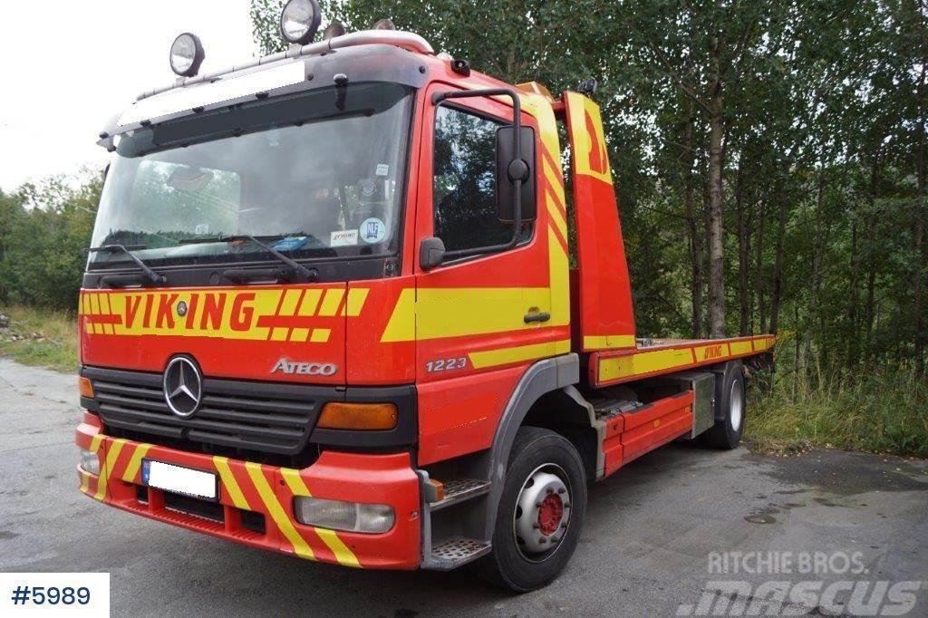 Mercedes-Benz Atego 1223 tow truck