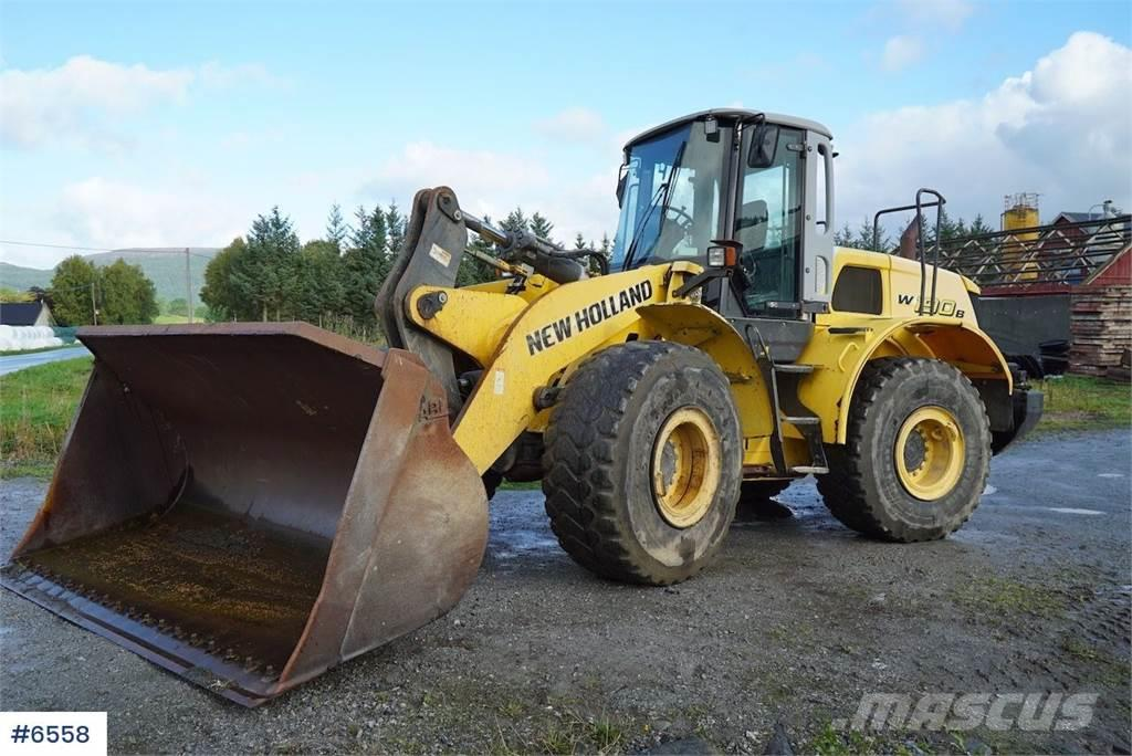New Holland W 190B w/weight, bucket and fork