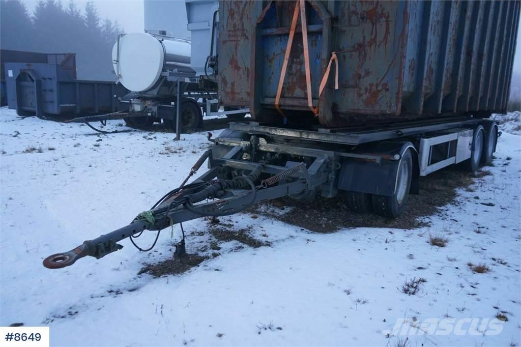 Norslep 3 aks Hook trailer with tip.