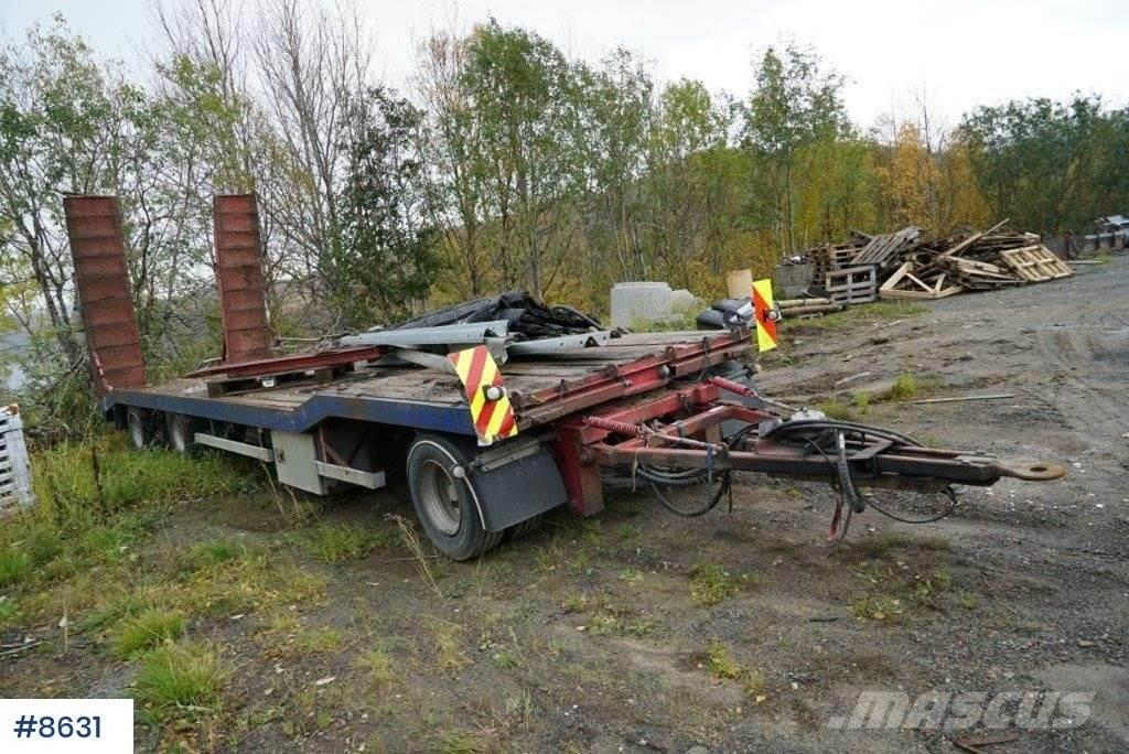 Norslep SL-28M 3 axle machine trailer