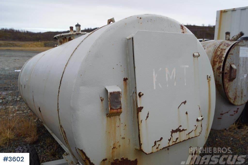 [Other] Dieseltank, 1 aksling