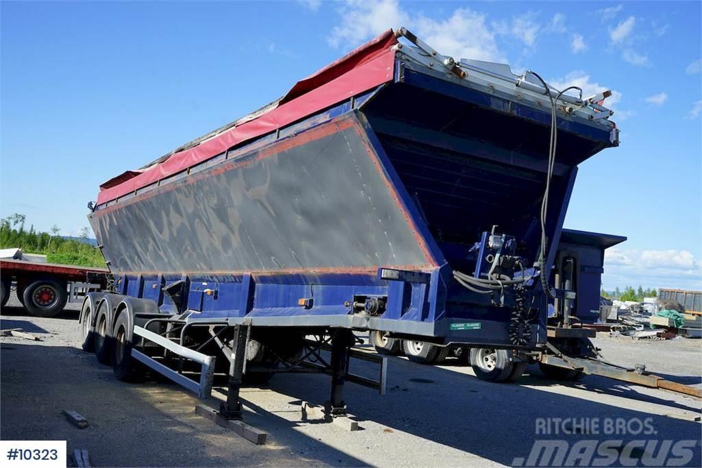 Red River Asphalt trailer