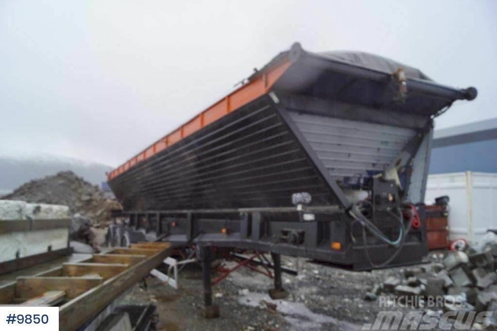 Red River asphalt trailer Repair Object