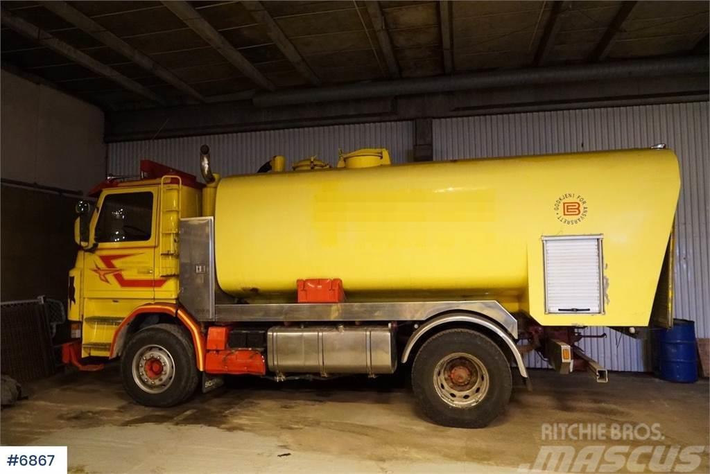 Scania R113 flush car