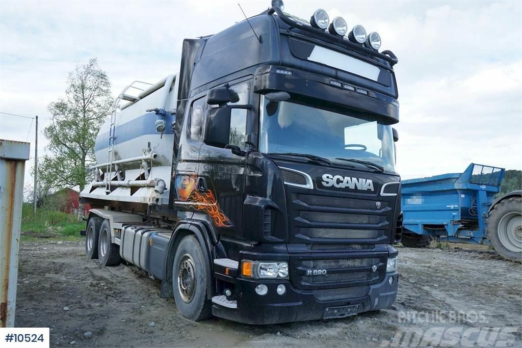 Scania R620 6x4 hook lift
