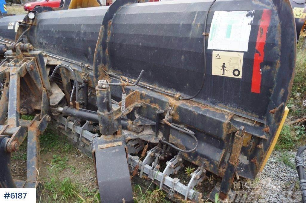Tellefsdal K70 P 4000 plow