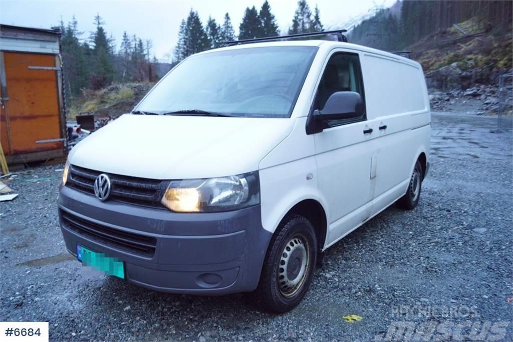Volkswagen Transporter 140 4Motion Varebil med innredning. WA