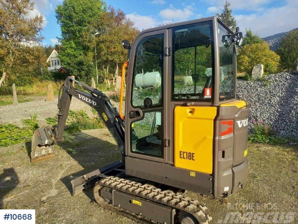Volvo EC18 mini excavator with digging bucket. 50 hours.