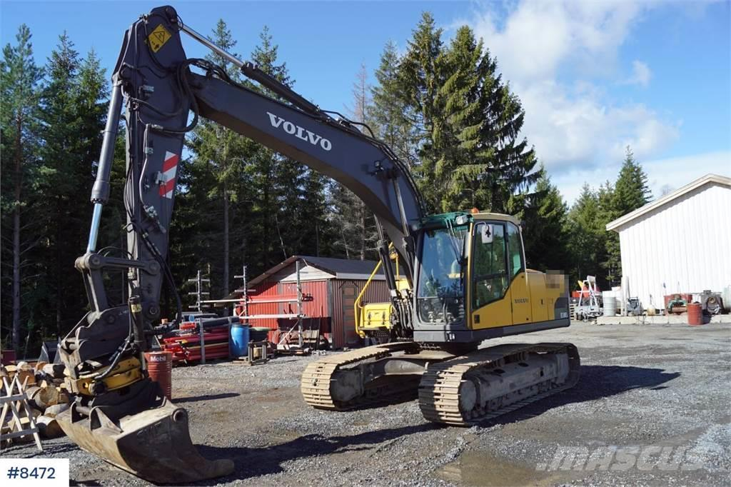 Volvo EC180CL Excavator with 3 buckets and rotor tilt. W
