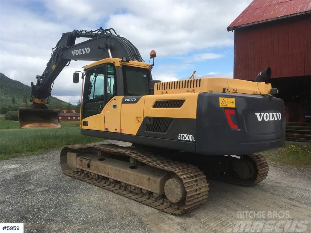 Volvo EC250DL excavator