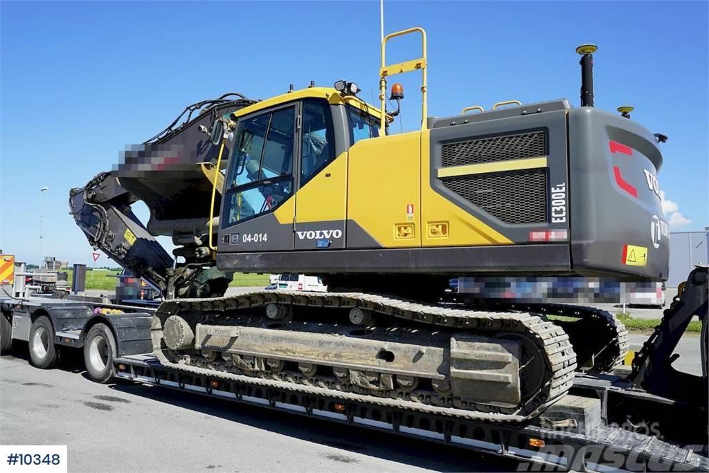 Volvo EC300EL Excavator w/ Leica GPS