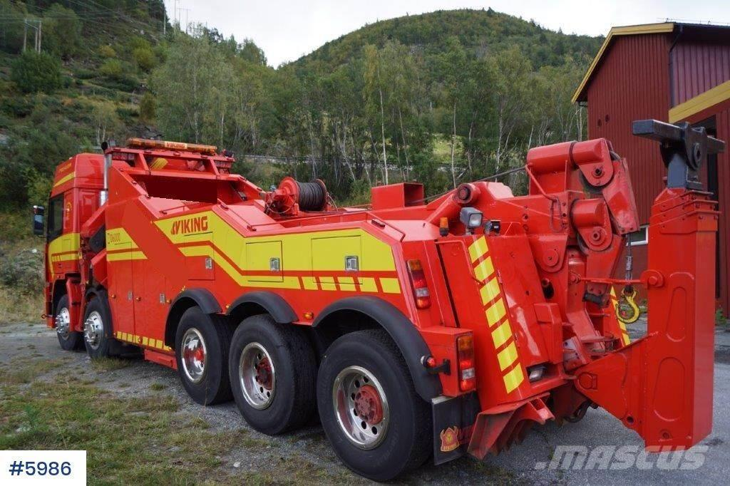 Volvo F12 5 axel tow truck with 28 t/m kran
