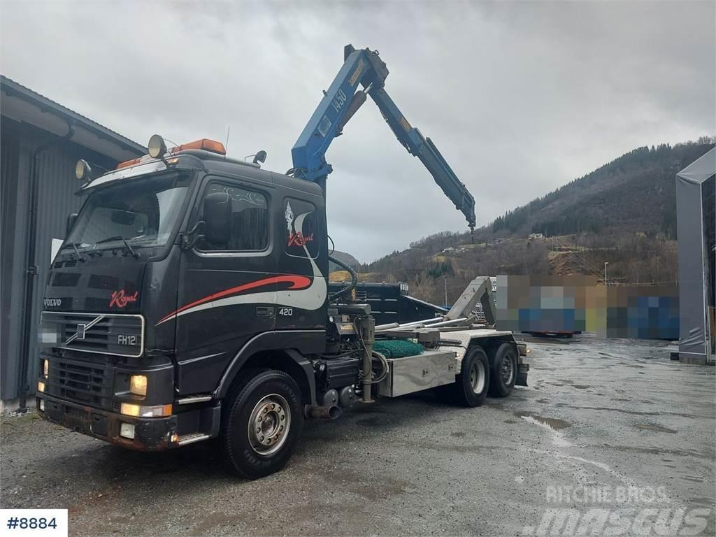 Volvo FH12 Royal w/ 14 t/m HMF crane and 20t hook